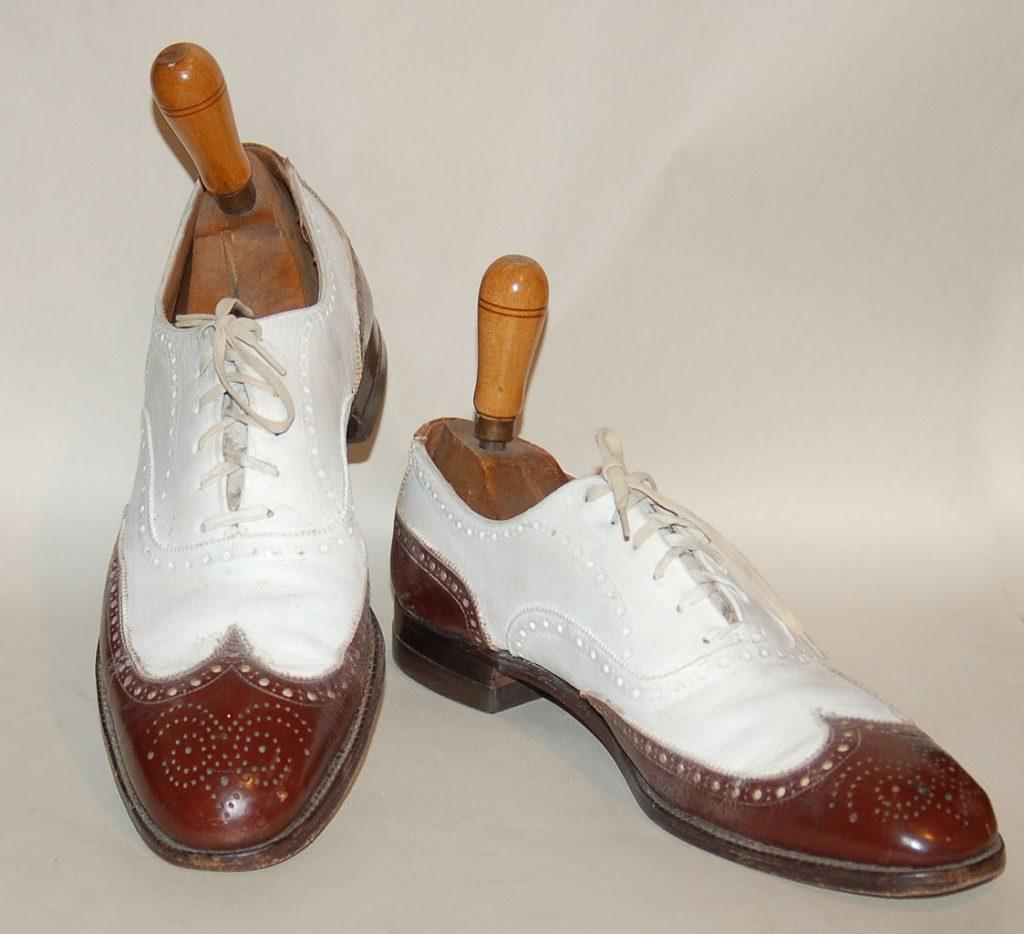 Men's circa 1930s full brogue (or wingtip) oxford spectator shoes