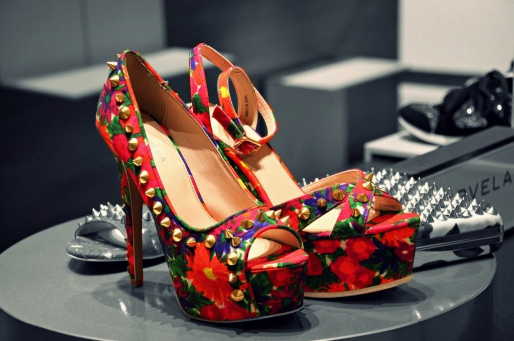 Siletto Heels with flower print